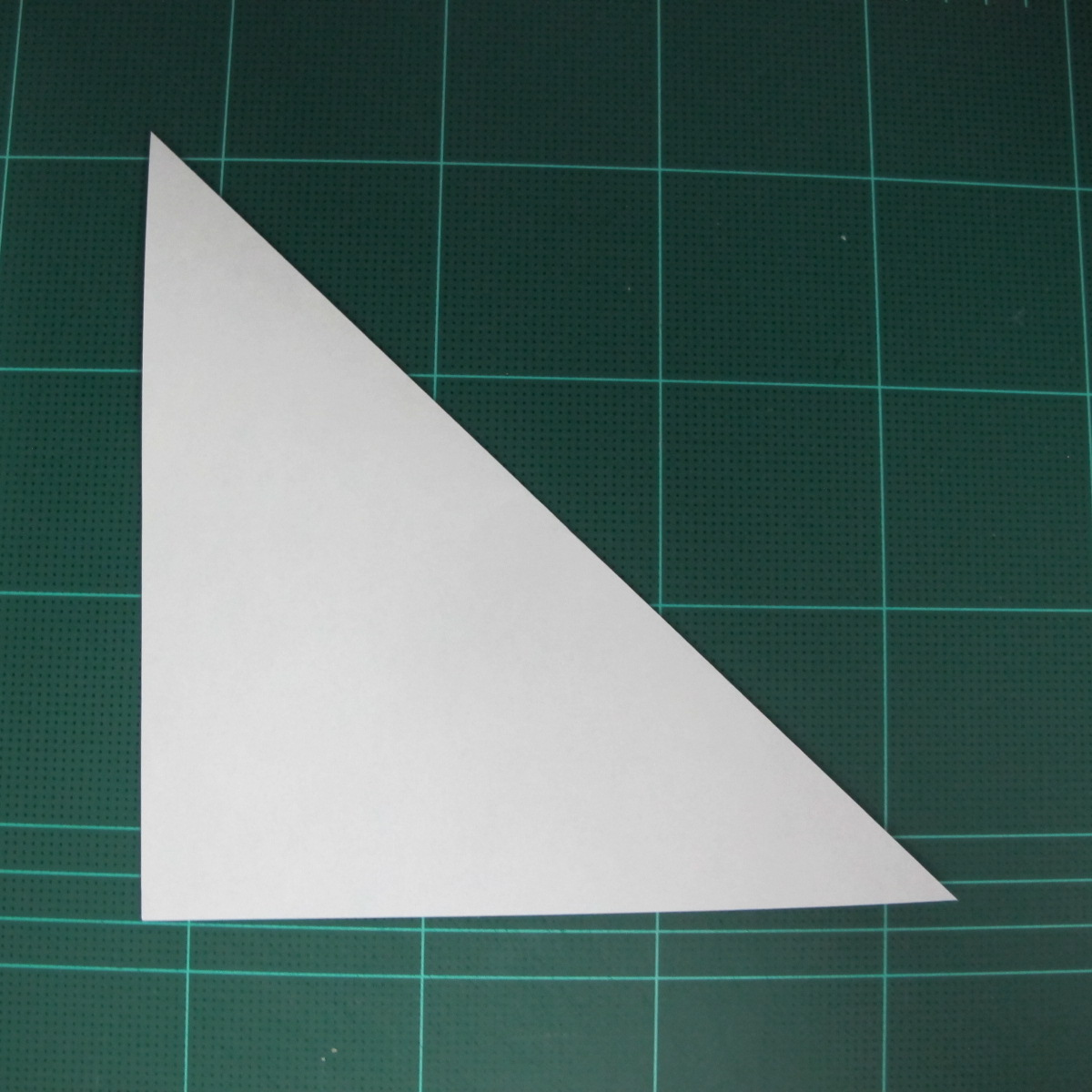 การพับกระดาษเป็นรูปเรือมังกร (Origami Dragon Boat) 002