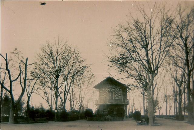 Casita de Corcho del Paseo de Merchán a comienzos del siglo XX. Foto Rodríguez