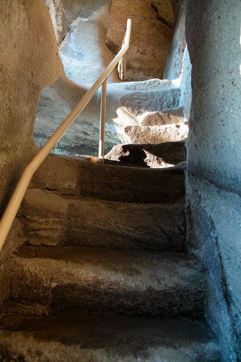 内部の階段