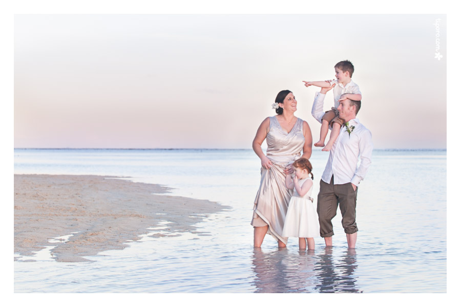 Featured Album: Debbie & Graham, Maternity and Family photographer Rarotonga.