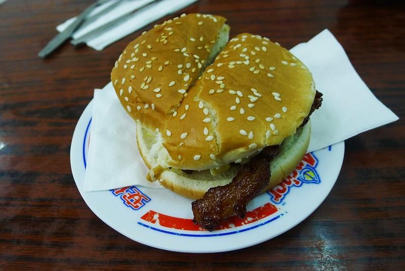 金牌熱辣辣豬扒堡 (2)
