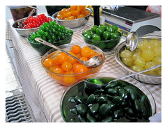 Foto de parada vendiendo fruta confitada