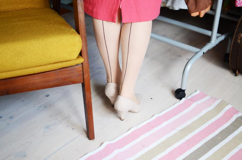 vintage-pink-wool f