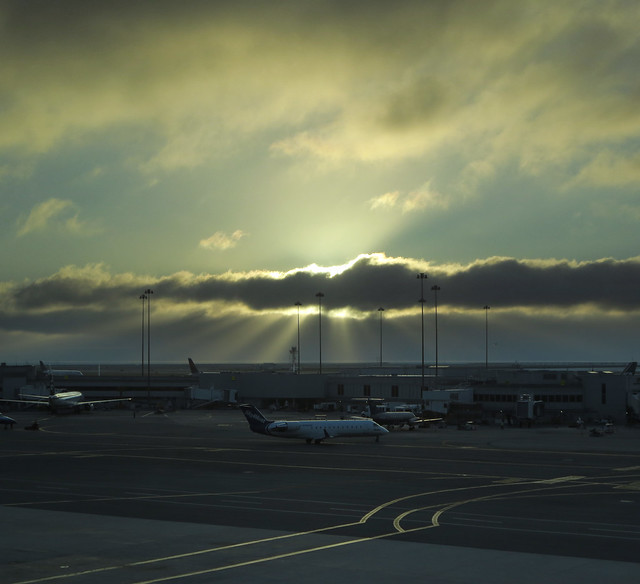 Sun rays at San Francisco International Airport (SFO), early morning  (2013)