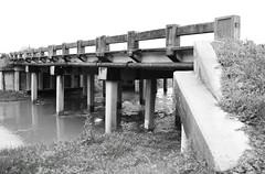Market Street Westbound Bridge over Hunting Bayou, Houston, Texas 0204121536BW