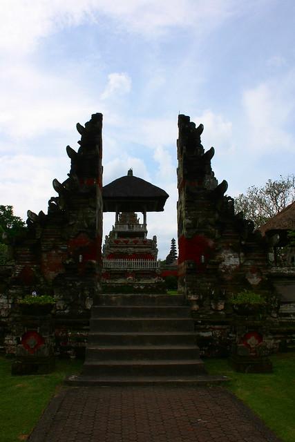 Header of Tempel