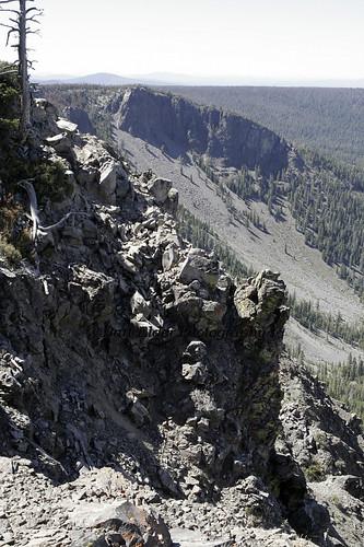 cliff usa rock oregon scenery rocks unitedstates scenic paisley slidemountain southeasternoregon
