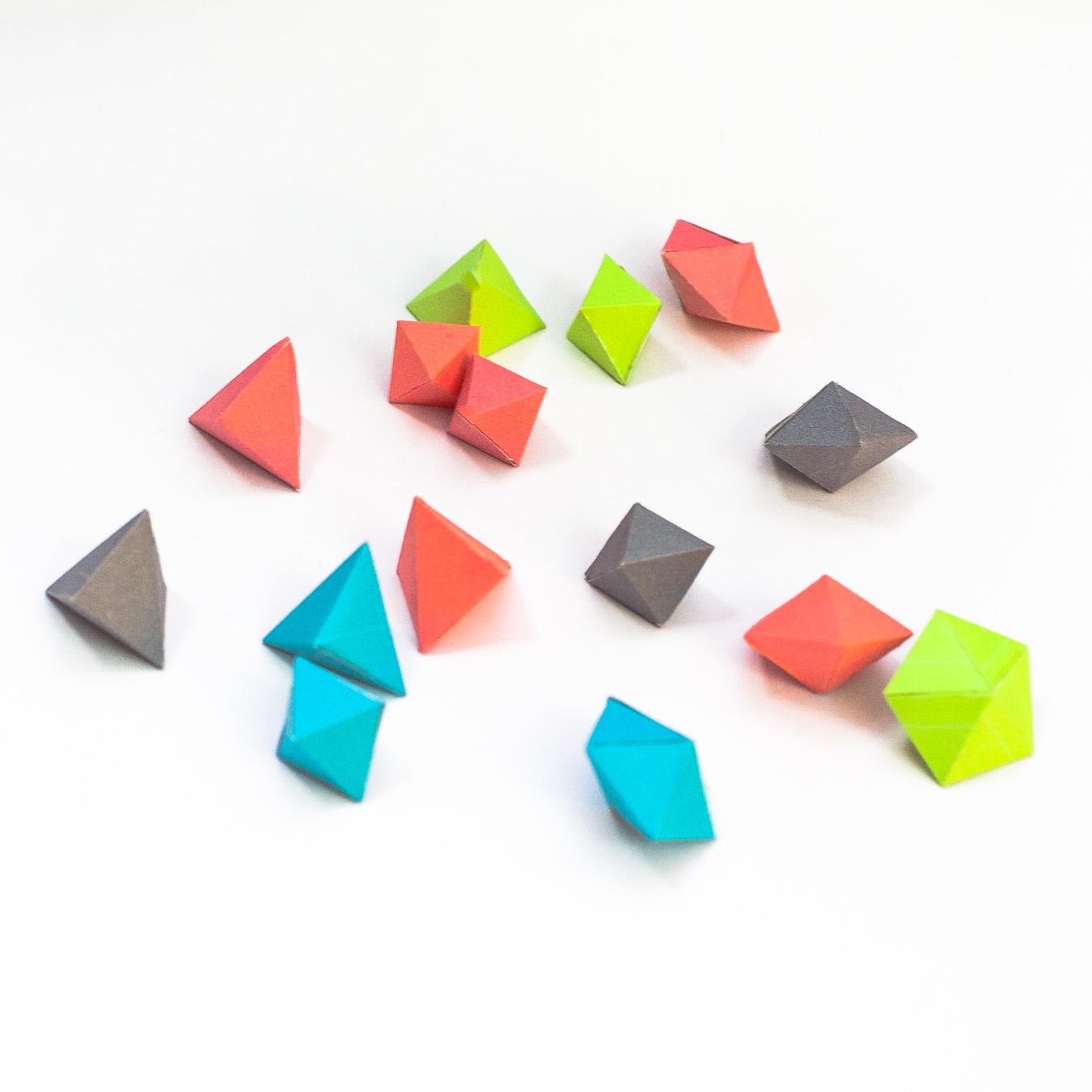 วิธีทำของเล่นโมเดลกระดาษทรงเรขาคณิต 002