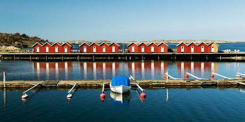 ocean sea water göteborg boat sweden harbour gothenburg sverige archipelago sheds skärgård canonef24105mmf4lisusm öckerö småbåtshamn västragötalandcounty fishingsheds canoneos6d tjolmesund