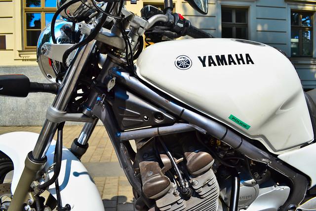 Yamaha R Install Phone Holder