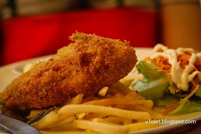 House of Sampurna41 Cafe Chicken Cordon Bleu-9172rw