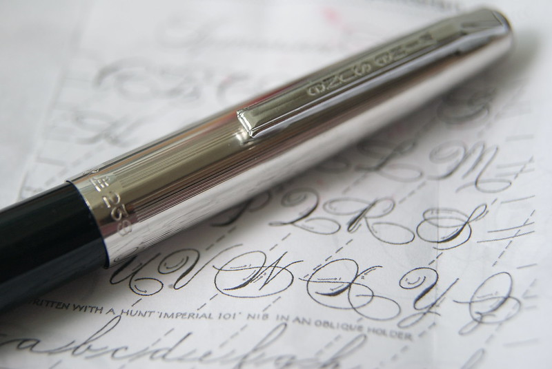 WINGSUNG 239 CONICAL NIB,NEW OLD STOCK- ITALIC CURSIVE
