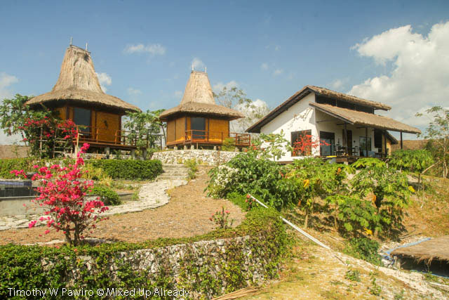 Indonesia - Sumba - Tarimbang - Peter's Magic Paradise - The bungalow and the main house