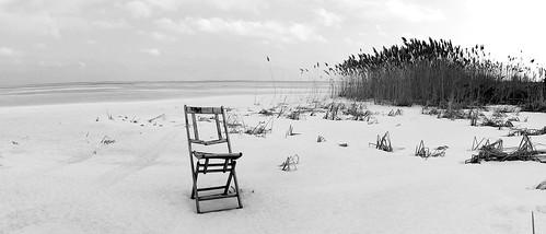 Hunter's chair along Green Bay