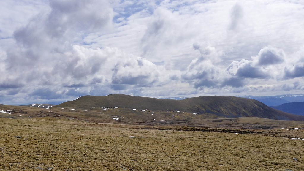 Carn Dearg from the south