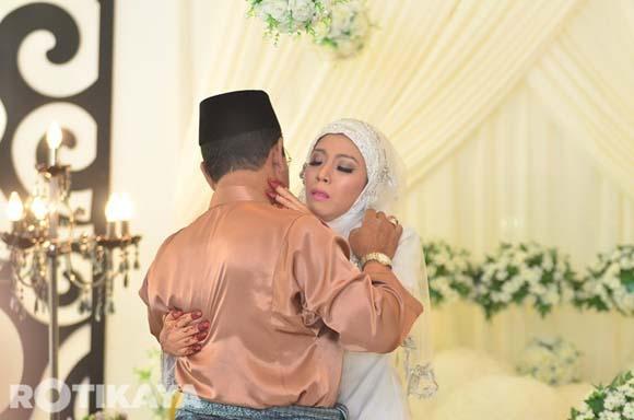 8923136258 4f30319218 o Gambar Perkahwinan Izzue Islam dan Awin Nurin