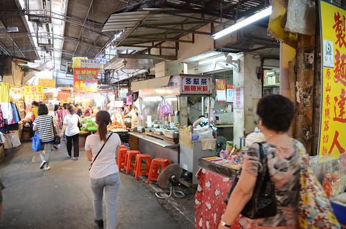 『食記』士林 市場內的好味道!旗魚米粉