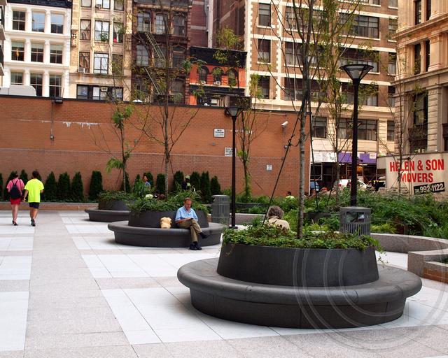 Pops046 Public Plaza 300 Mercer Street Hilary Gardens