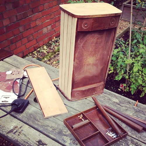 Vintage Sunday - Sewing Box Revamp in progress!