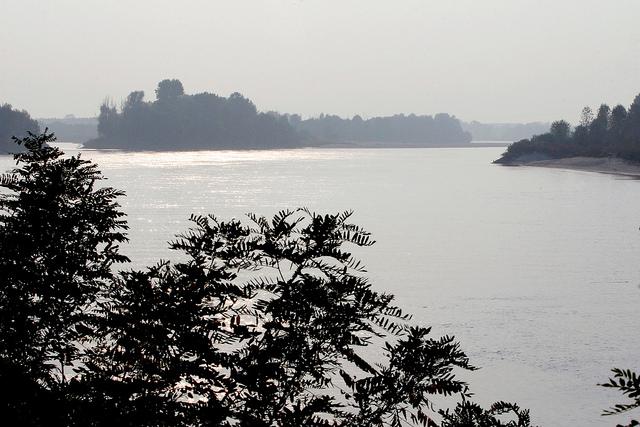 3. Amanecer en el río Po. Autor, Turismo Emilia Romagna