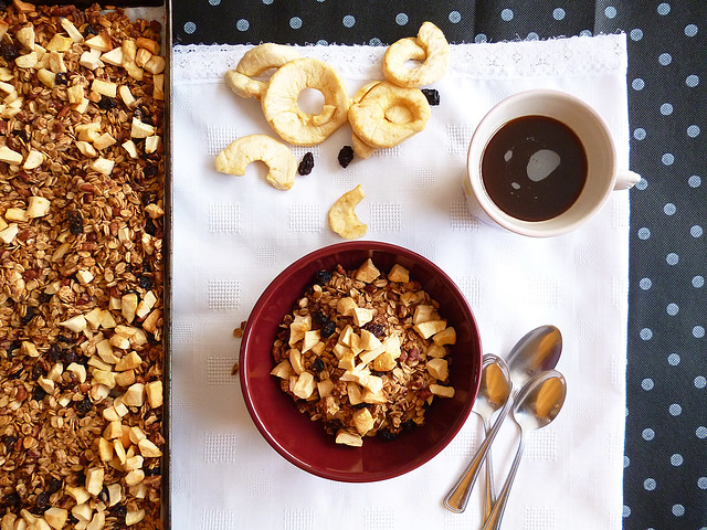 Raspberry Bloom: Apple Cinnamon Granola
