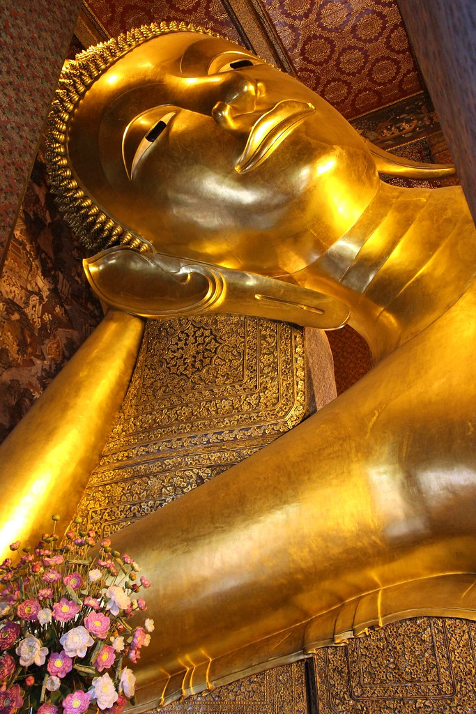 Reclining Buddha, Bangkok, thailand, travel blog