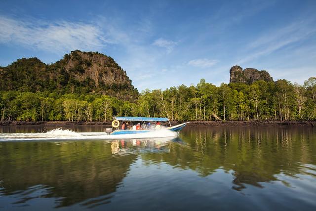 Boat ride at Kilim Geopark