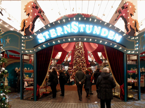 Weihnachtsdekoration im KaDeWe Berlin