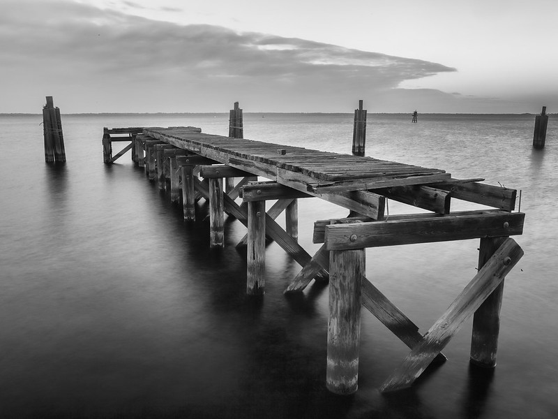 Interrupted Pier. (Deshacer un Sueño). (Dedicated to Lissette Godoy)