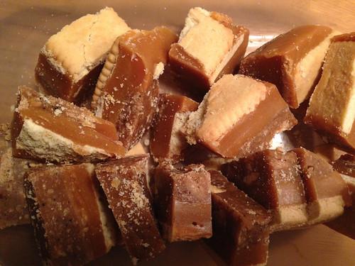 Millionaire shortbread slice