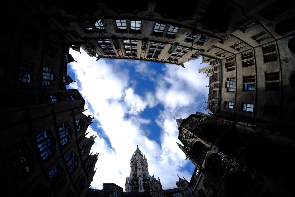 The Courtyard at the Glockenspiel