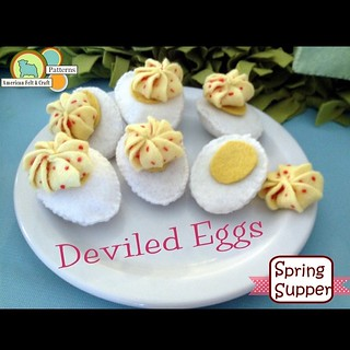 The sweetest little #felt deviled #eggs #diy #Easter #pattern #americanfeltandcraft #feltfood #feltpattern