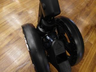 輪胎的氣墊設計@Combi御捷輪III手推車2014新品上市體驗會