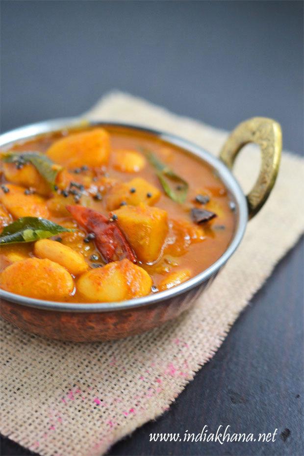 Mochakottai-Parangikai-Kuzhambu-Recipe