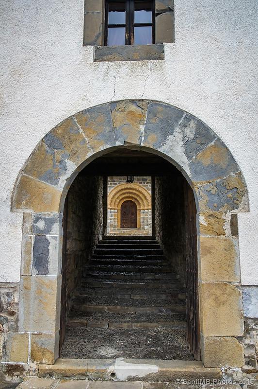 Puerta tras puerta