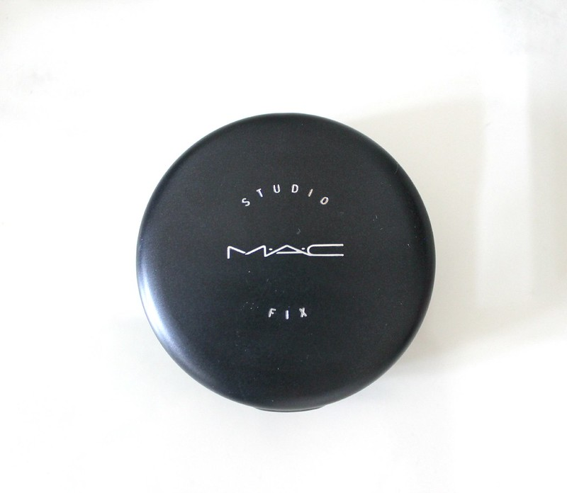 mac studio fix powder review