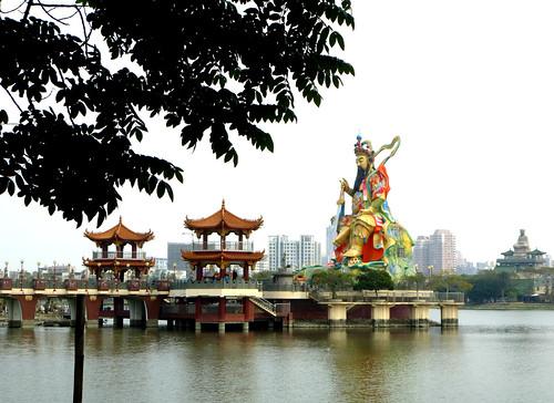 Ta-Kaohsiung-Lotus Pond-Xuantian (3)