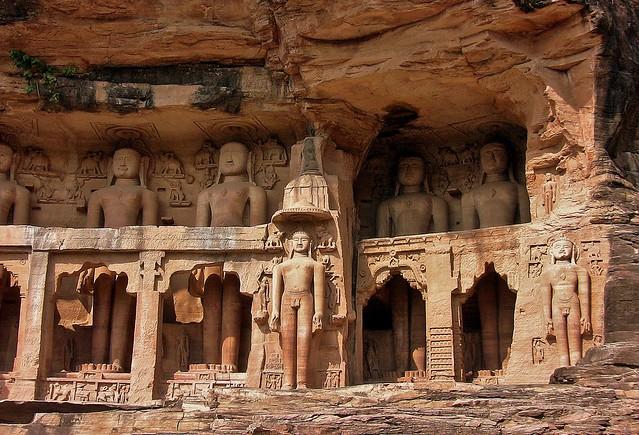 INDIEN, Jainskulpturen bei Gwalior (7-15Jh.)., 13662/6622