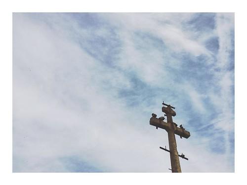 Trinity #trinity #sky #negative #blue #clouds #birds #pole #contrast #landscape #toledo #spain #iphone6s