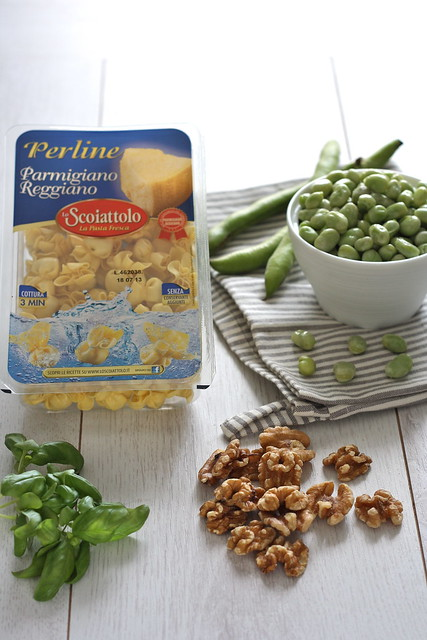 1 Perline al Parmigiano Reggiano con pesto di fave e noci ingredienti