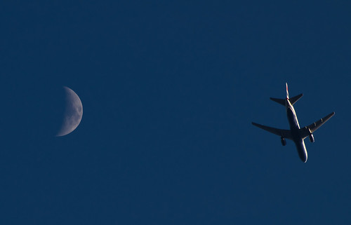 Daytime Waxing Crescent & a BA jet 16 May 2013