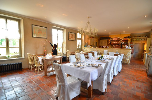 Chateau d'Origny dining room