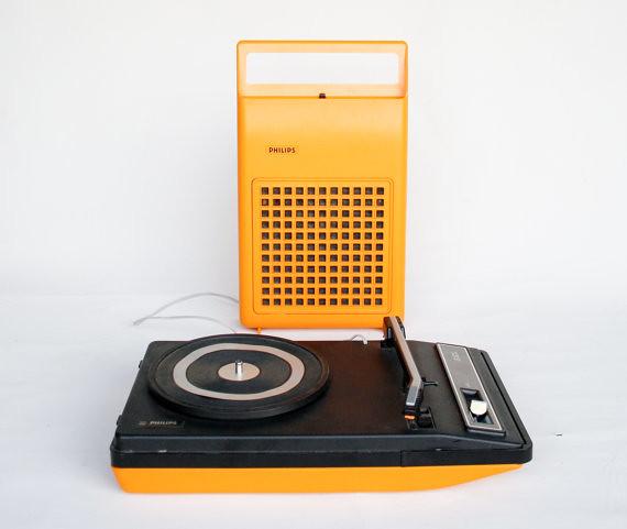 Vintage Record Player Portable Phillips 133 Retro