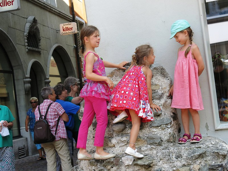 Children playing Friedhofplatz Solothurn
