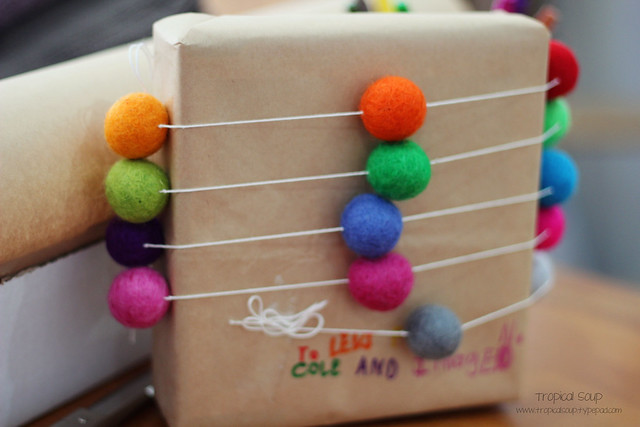 felt ball garland packaging
