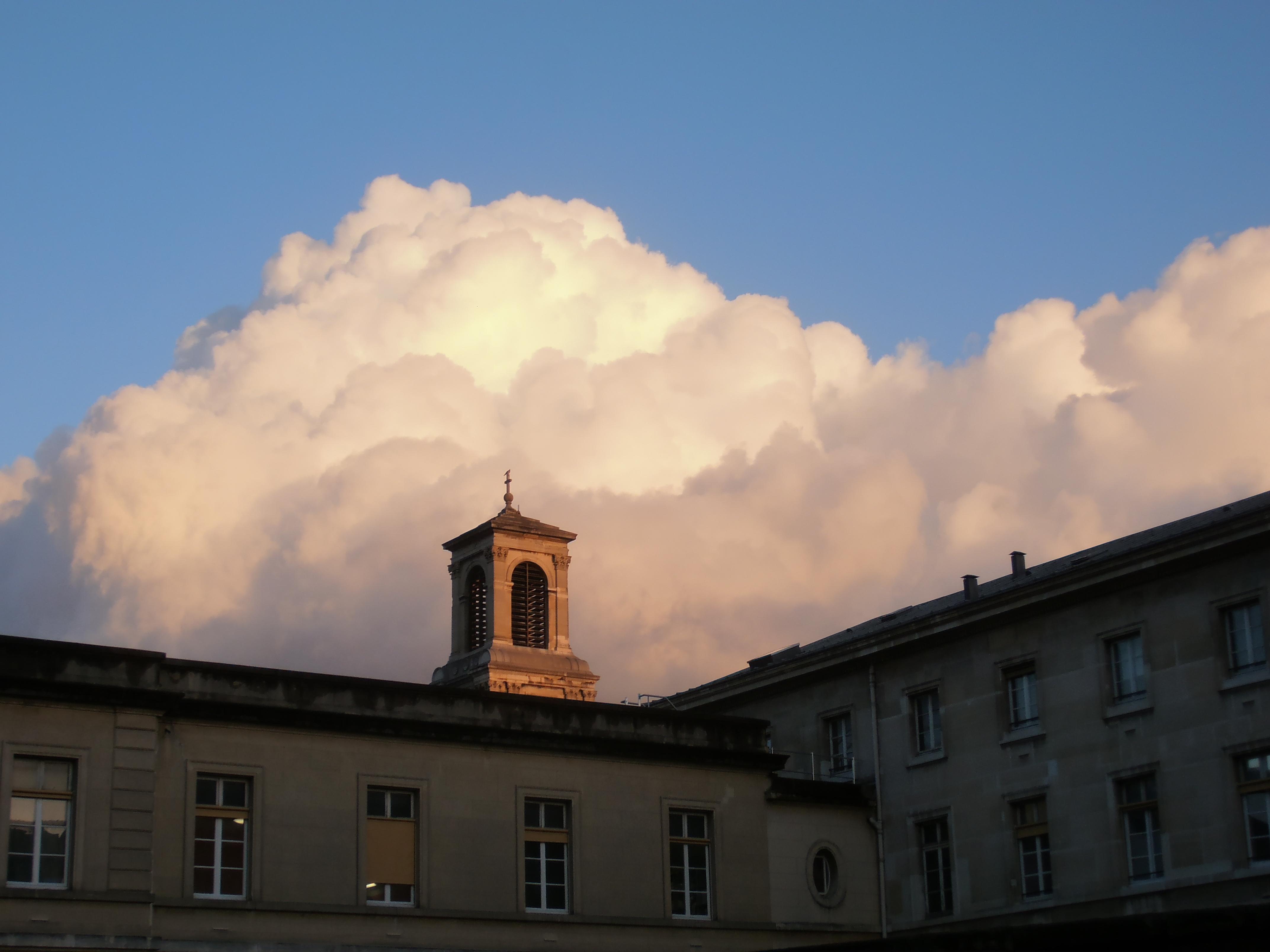 La Chapelle Caf Ef Bf Bd  Rue Des C Ef Bf Bdlestins