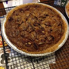pie, baking, baked goods, pecan pie, food, dish, cuisine,
