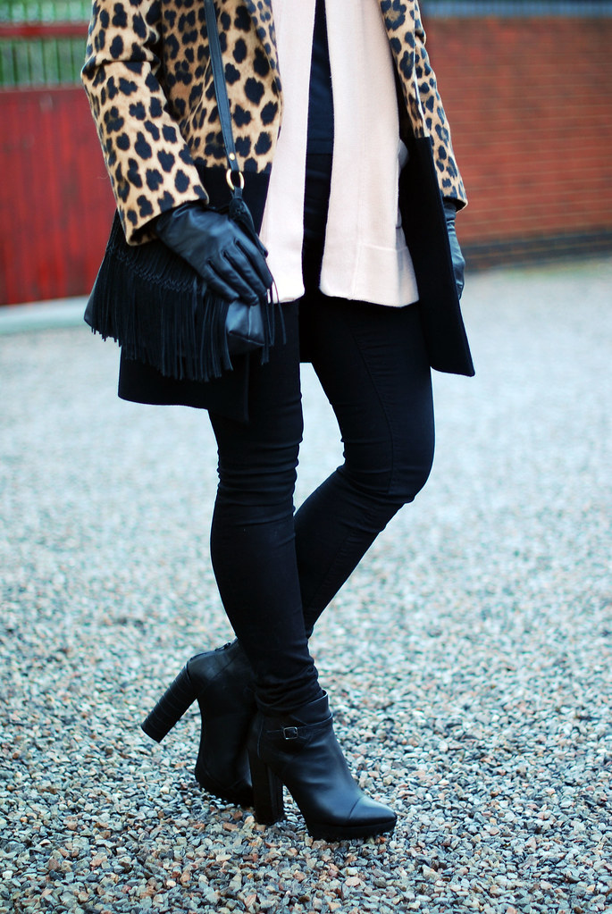 Leopard coat with blush pink & black