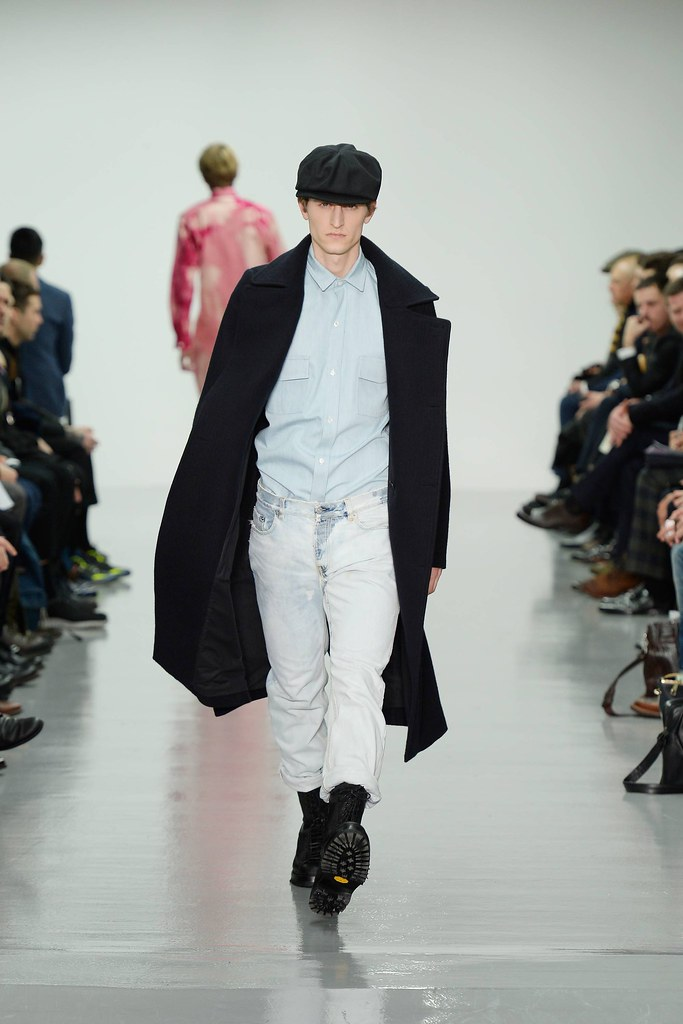 FW14 London Lou Dalton015_Chris Beek(VOGUE)