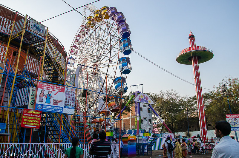 Giant Wheel Ferris Wheel Numaish pick pockets Hyderabad